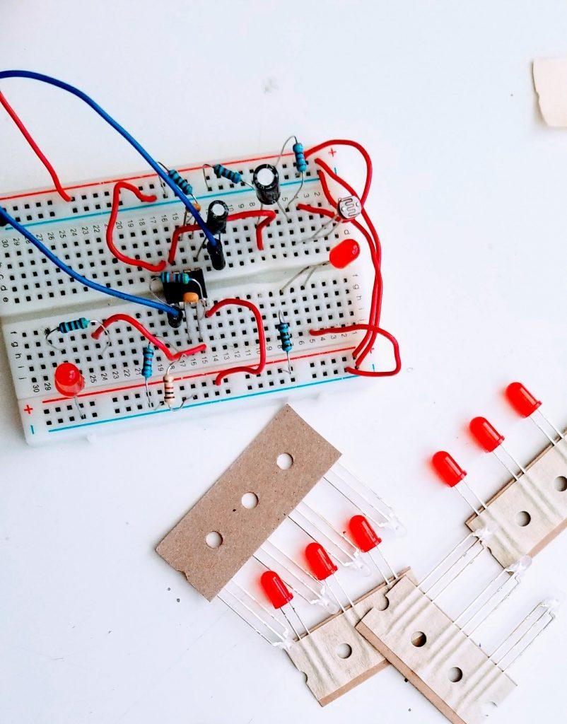 Prinsta Circuit Board with breadboard